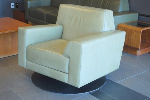 Auberge Saint-Gabriel-fauteuil 2
